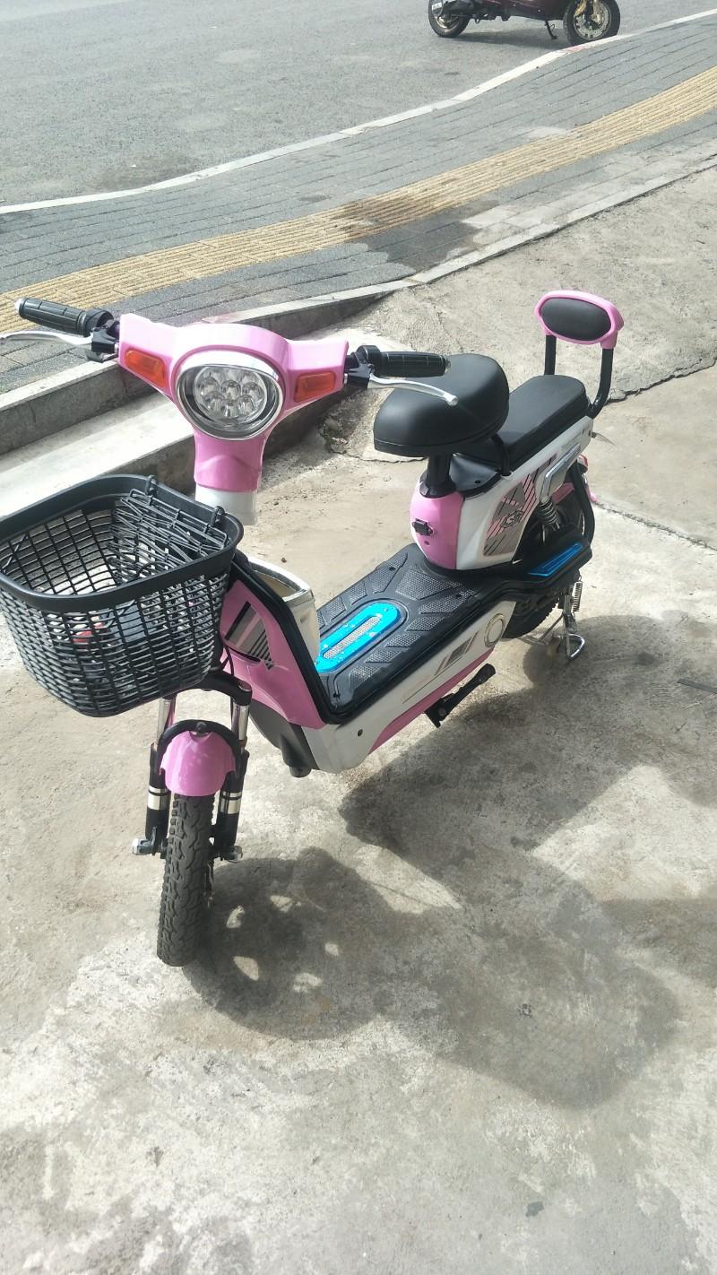 说九成新电动自行车。